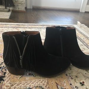 Lucky Brand Fringe Suede Black Boots
